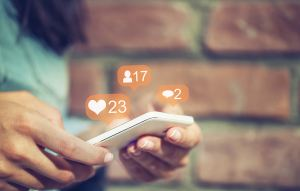 Social Media, Smart Phone, Sharing